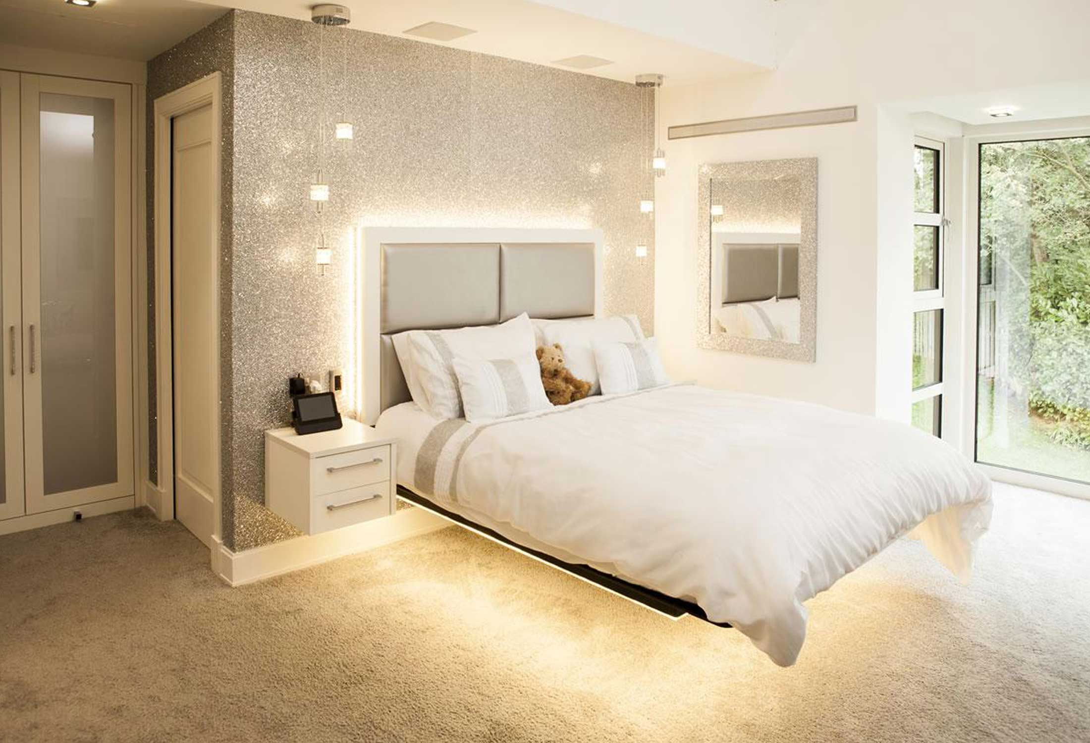 Floating Bed Room